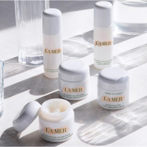 Earn A Gift Card Up To $700 + Free Gift With La Mer @ Saks Fifth Avenue