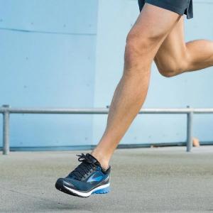 Brooks Running 官網,精選男款跑步鞋特惠,Ghost 10也在