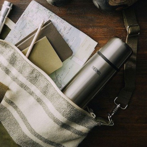 49% off Thermos Vacuum Insulated 25 Ounce Compact Stainless @ Amazon.com