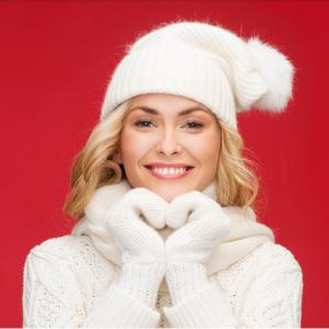 Вязаные хиты этой зимы со скидкой -15% на женские шапки Lambonika @ X-Moda(ИКС-МОДА)