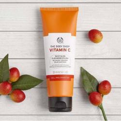 Vitamin C Daily Glow Cleansing Polish