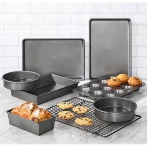 Chicago Metallic 8-pc. Bakeware Set