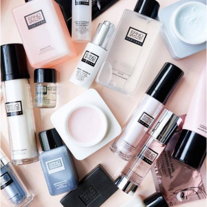 Up To 45% Off + Extra 18% Off Erno Laszlo @ Unineed