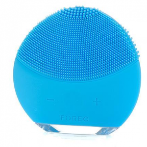 FOREO LUNA mini 2 Facial Cleansing Brush, Gentle Exfoliation and Sonic Cleansing for All Skin Type