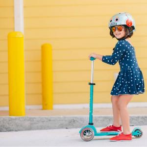 Neiman Marcus:精選 Micro Kickboard 米高兒童滑板車熱賣