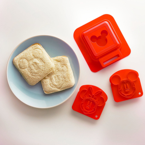 Mickey and Minnie Mouse Sandwich Stamp and Crust Cutter Set - Disney Eats