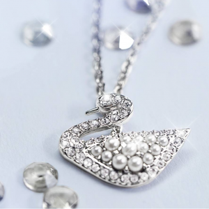 Up to 50% off Swarovski Pandents, Earnings , Necklaces & more