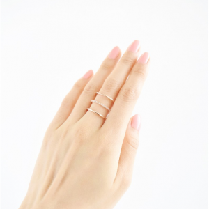 Triple Bewitched ring in gold