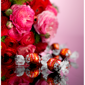 Start from $9.99 Valentine's Day Gifts @ Lindt