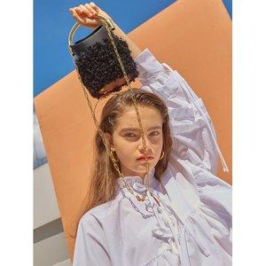 HIGH CHEEKS Handle Bag Wool Black