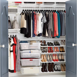 White Elfa Reach-In Clothes Closet, DIY