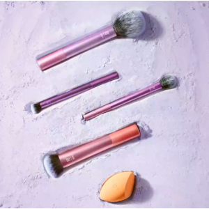 Up To 50% Off Real Techniques Makeup Brushes @ Amazon
