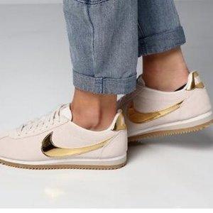 Nike官网折扣区折上折,额外8折,快来收阿甘鞋、老爹鞋
