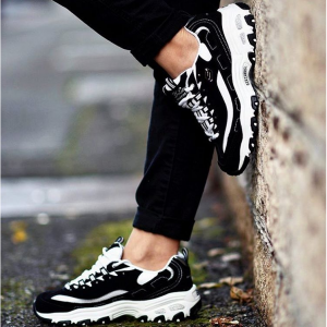 Shoes.com官網 Skechers D'Lites 女款熊貓鞋熱賣 立減$23.54 多色可選