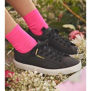Women's Originals adidas Sleek Shoes