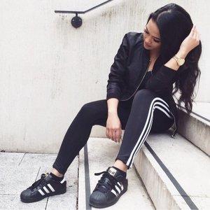 adidas Originals Women's 3-Stripes Leggings for $25.99 (was $40) @Amazon.com