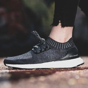 WOMEN'S RUNNING Ultraboost Uncaged Shoes