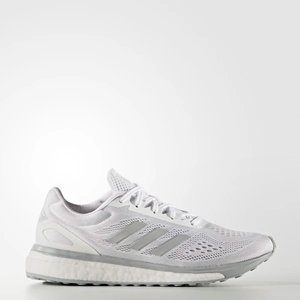 WOMEN'S RUNNING Response Limited Shoes