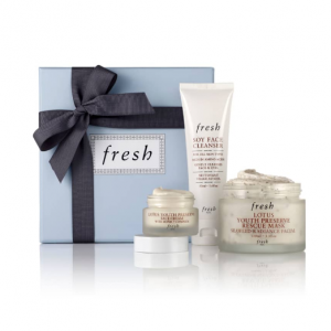 $58.40 ($94 Value) For FRESH Radiance Boosting Skin Care Set @ Nordstrom