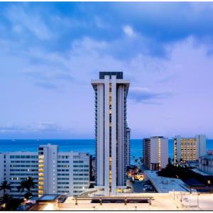Hilton Garden Inn® Waikiki Beach From $160 @Hilton