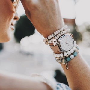 Fossil Mother's Day Sale on Watches, Bags & More Gifts