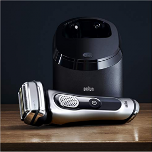 Braun Electric Shaver, Series 9 9290cc Men's Electric Razor/Electric Foil Shaver @ Amazon