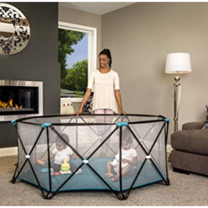 Regalo My Play Portable Playard Indoor and Outdoor @Amazon