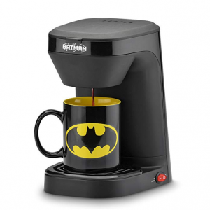 DC Batman DCB-123CN Batman Single Serve Coffee Maker, Black/Yellow @ Amazon