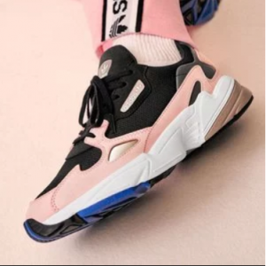 上新!FinishLine 官网,精选Nike Air, Air Jordan, Asics, adidas 等品牌男女运动鞋特卖