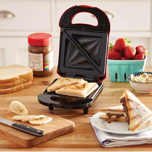 Dash DPM100GBRD06 Pocket Sandwich Maker, Sized, Red @Amazon