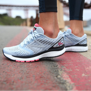 New Balance Women's 860v9 Running Shoes