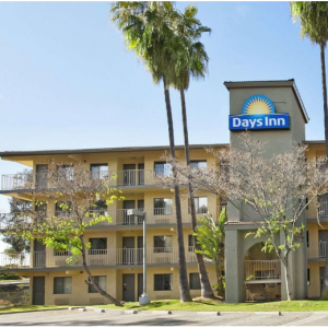 Days Inn by Wyndham Buena Park From $74 @Booking.com