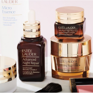 Beauty Sale (Estee Lauder, Clinique, Elizabeth Arden & More) @ Stage