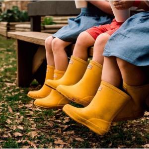 折扣区上新【Hunter Boots】精选儿童雨靴、雨具等 热卖