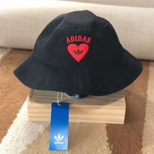 阿迪 adidas Originals 三叶草爱心渔夫帽 女款 5.9折 @Get The Label