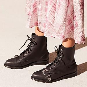 Dr. Martens 美國官網大促,收經典馬丁靴、皮鞋等