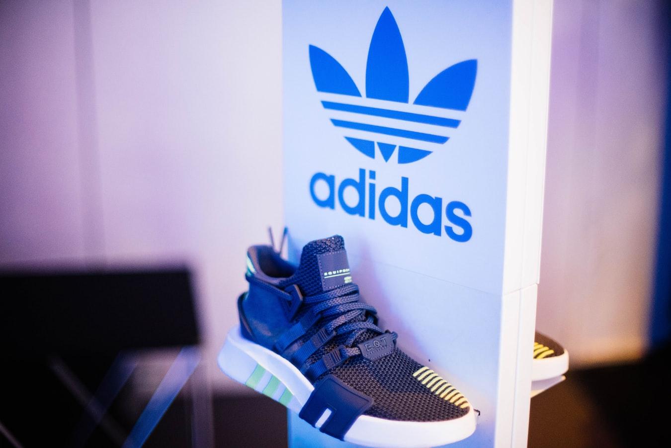 2021最新Adidas阿迪达斯香港官网买鞋及转运攻略(附优惠码+10%返利)
